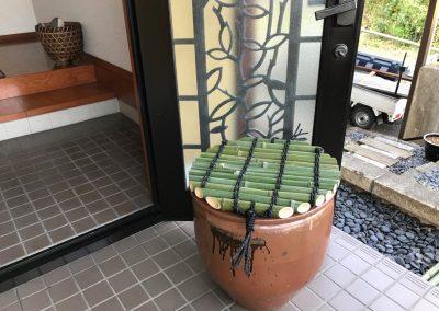 竹で井戸の蓋を作る