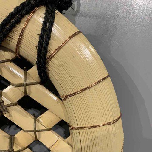 伝統的技法により作られた晒竹玉袖垣